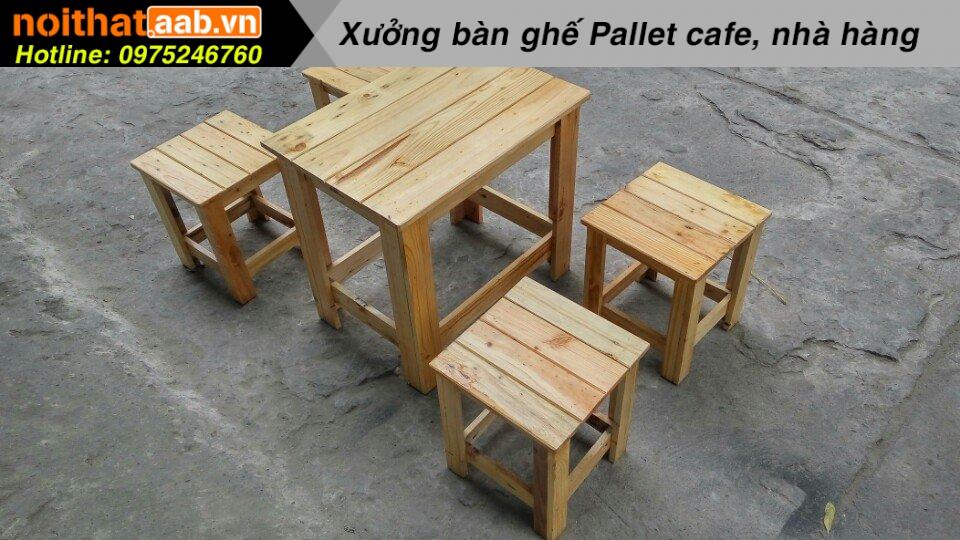 Đóng bàn ghế gỗ thông cho quán cà phê cóc
